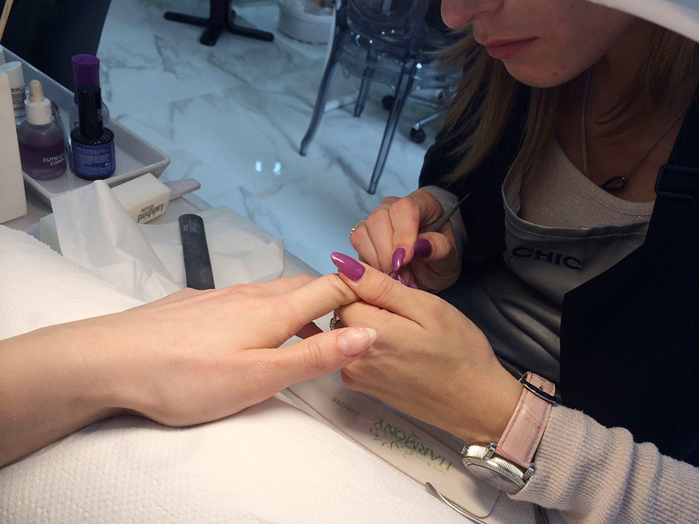 easy chic nail atelier