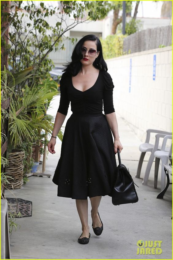 Outfit Dita Von Teese