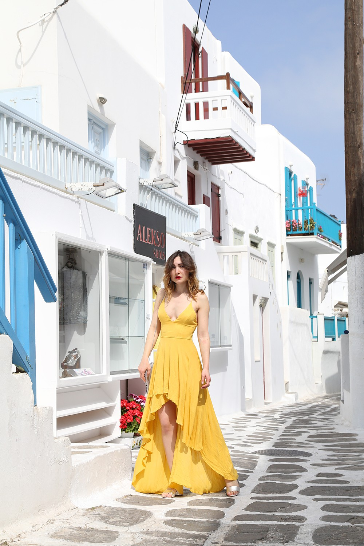 vestito giallo per le vacanze
