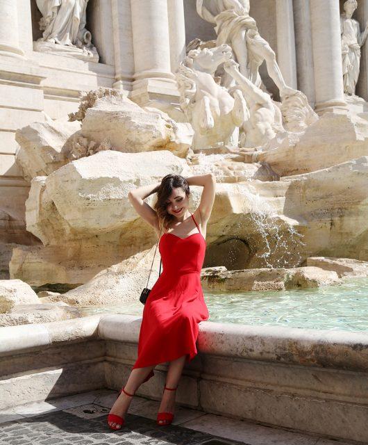 vestito rosso anni '50